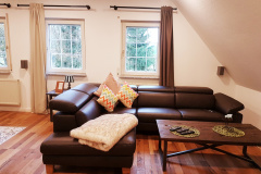 suite-home-couch1